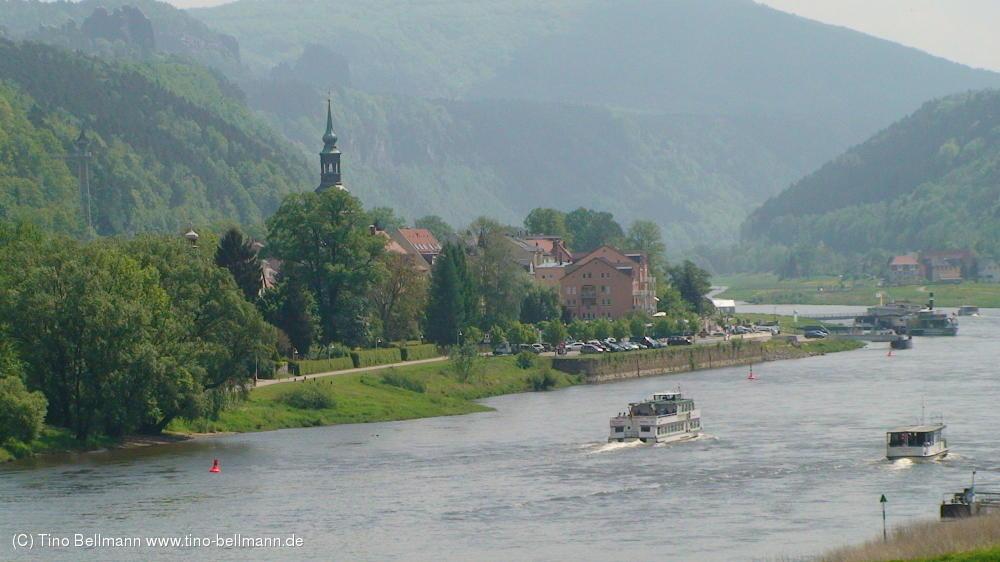 Ein Klassiker: Blick auf Bad Schandau von der B172-Brücke